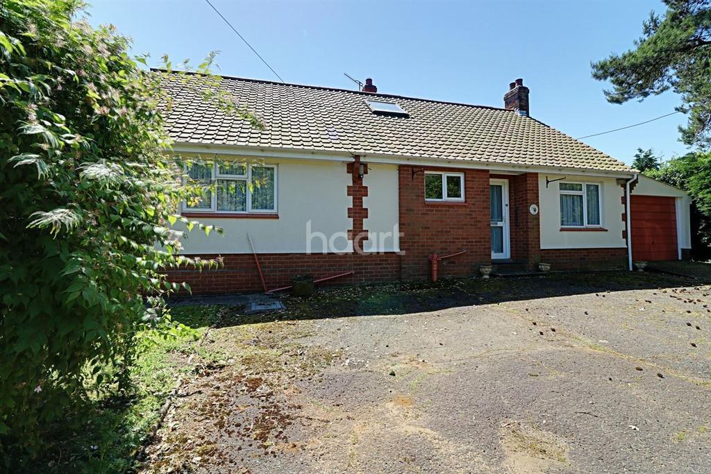4 Bedrooms Bungalow for sale in Woodbridge