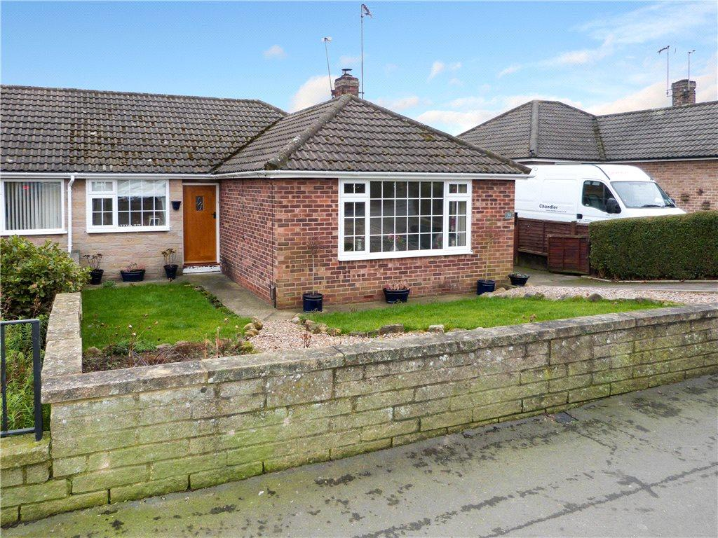 3 Bedrooms Semi Detached Bungalow for sale in Stockwell Lane, Knaresborough, North Yorkshire