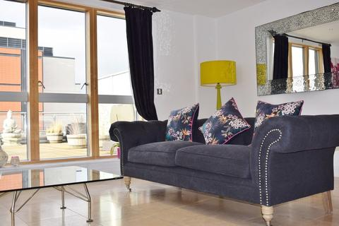 2 bedroom apartment to rent - Cromwell Court, Brewery Wharf