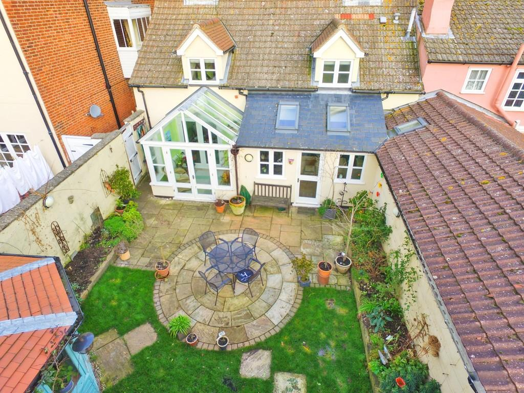 5 Bedrooms Semi Detached House for sale in West Street, Harwich