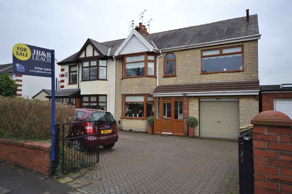 5 Bedrooms Semi Detached House for sale in Prescot Road, Eccleston Hill, St. Helens