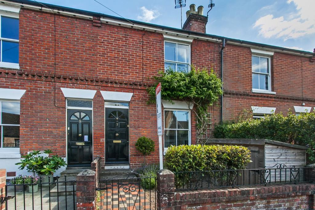 3 Bedrooms Terraced House for sale in Greenhill Road, Fulflood, Winchester, SO22