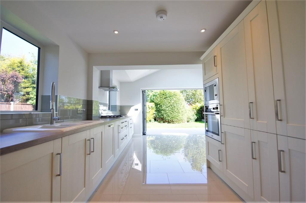 3 Bedrooms Detached Bungalow for sale in Mainwaring Close, Dunholme