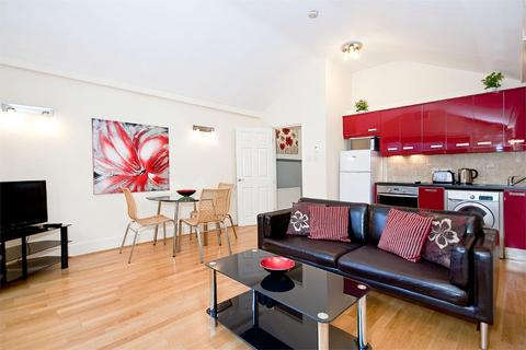 2 bedroom flat to rent - Silver Place, W1F