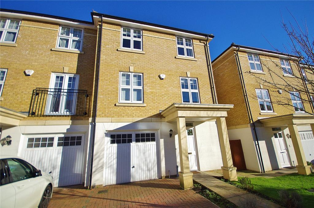 4 Bedrooms End Of Terrace House for sale in Elliot Road, Watford, Hertfordshire, WD17