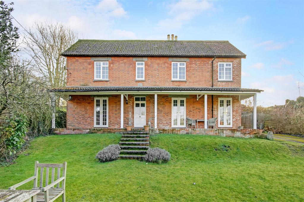 4 Bedrooms Detached House for sale in Long Street, Enford, Nr Pewsey