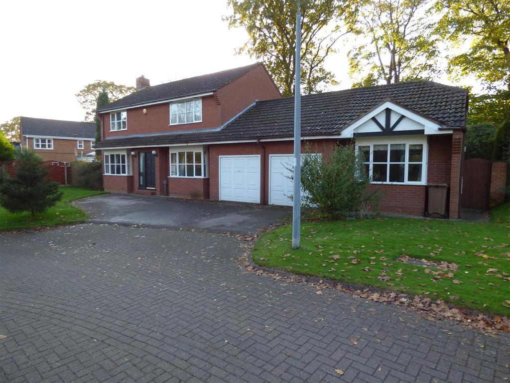 4 Bedrooms Detached House for sale in Stratton Park, Swanland, North Ferriby