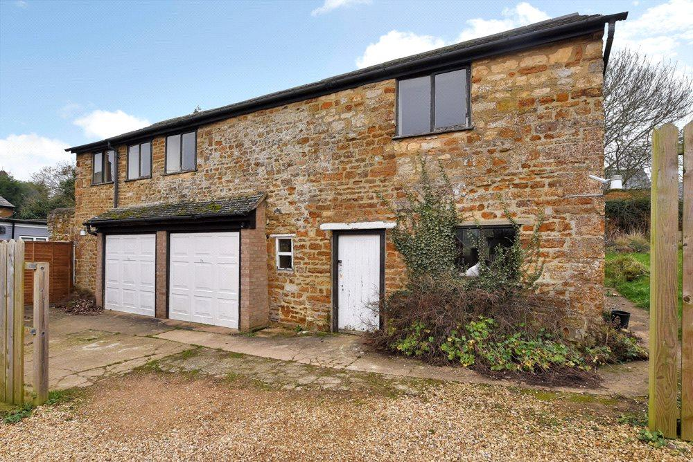 5 Bedrooms Barn Conversion Character Property for sale in Wilbarston, Market Harborough, Northamptonshire