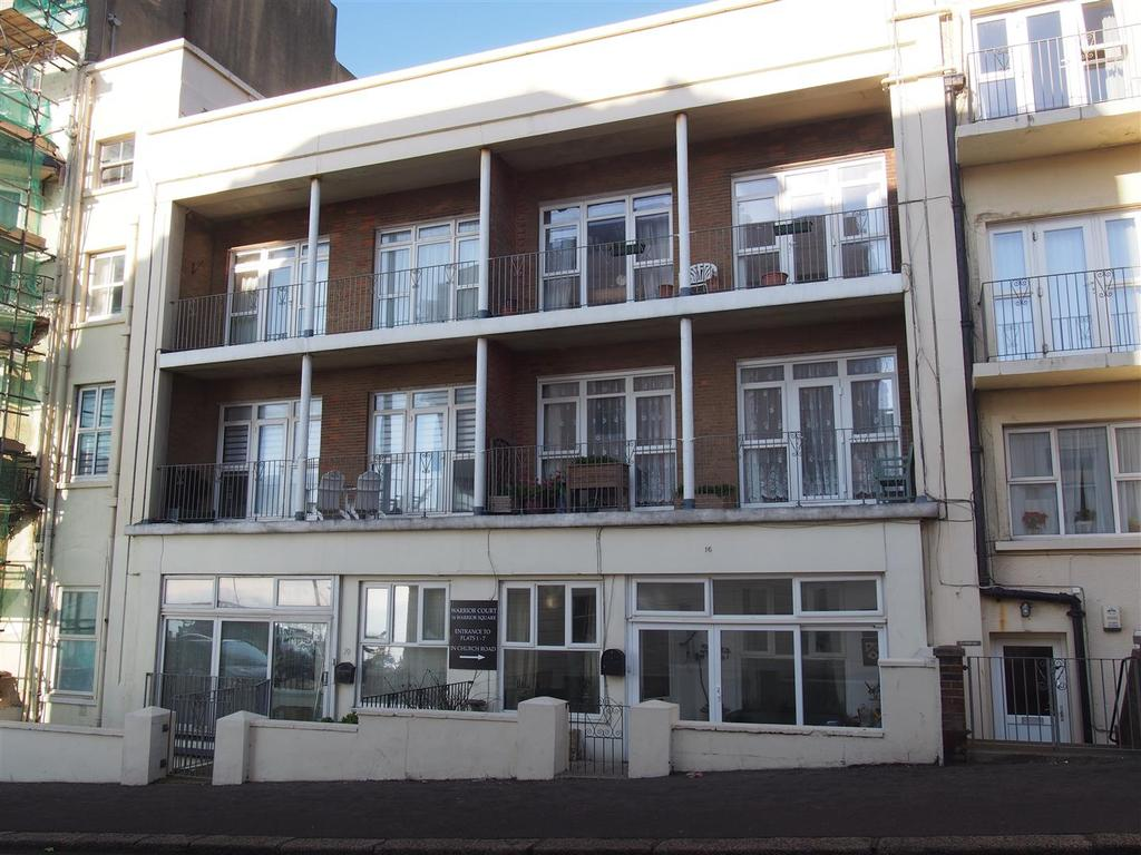2 Bedrooms Flat for sale in 16 Warrior Square, St. Leonards-On-Sea