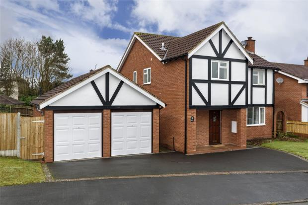 4 Bedrooms Detached House for sale in Torrin Drive, Shrewsbury, Shropshire