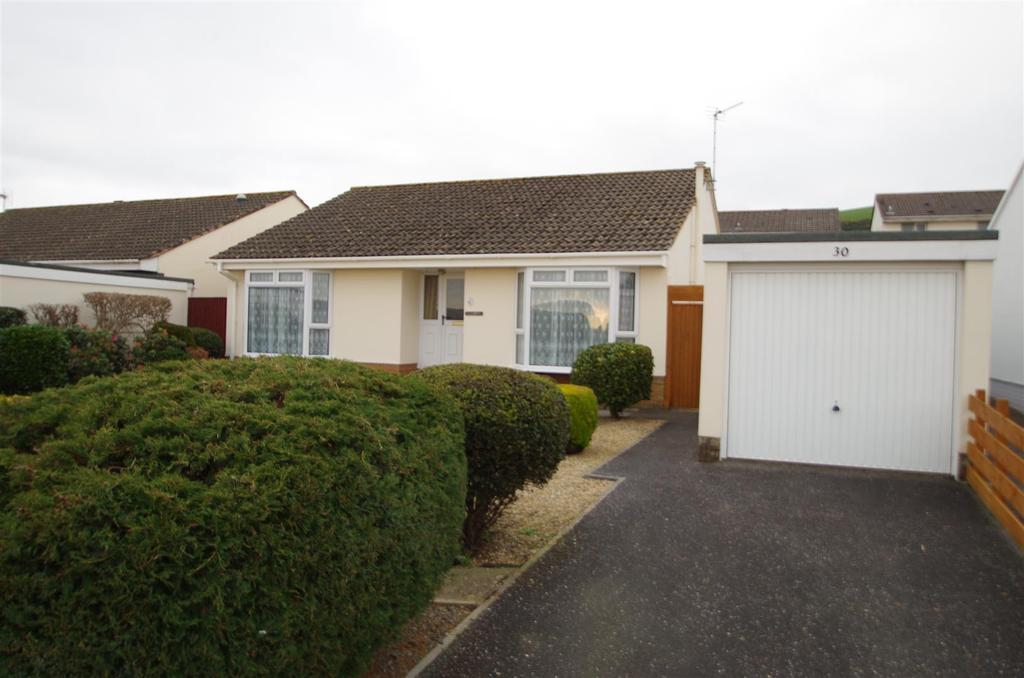 3 Bedrooms Detached Bungalow for sale in Homer Road, Braunton