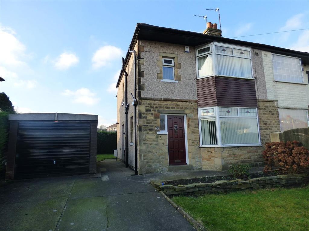 3 Bedrooms Semi Detached House for sale in Moorside Road, Bradford
