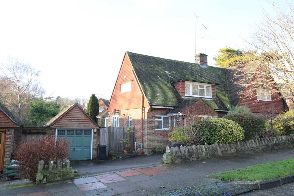 3 Bedrooms Semi Detached House for sale in Parkway, Ratton, BN20 9DU
