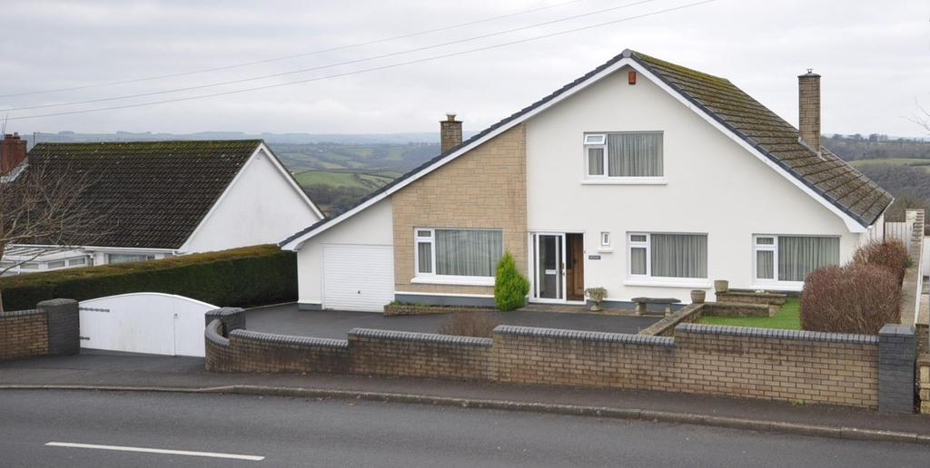 5 Bedrooms Detached House for sale in White Gates. Heol Llyn y Fran Road, Llandysul, SA44 4HR