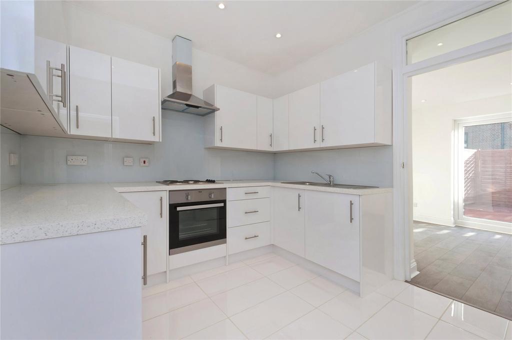 2 Bedrooms Flat for sale in Parkway, Camden, London