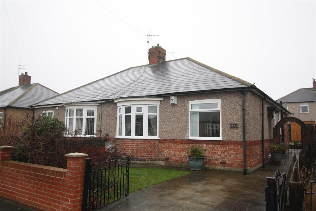 2 Bedrooms Semi Detached Bungalow for sale in Geneva Drive, Darlington