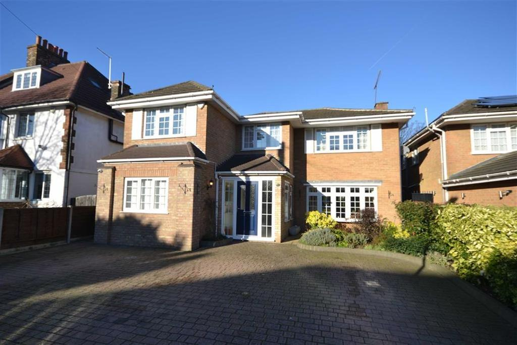 5 Bedrooms Detached House for sale in Athenaeum Road, Whetstone, London