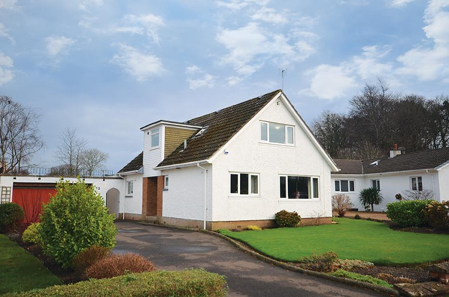 4 Bedrooms Detached Villa House for sale in 72 Mount Charles Crescent, Alloway, KA7 4PA