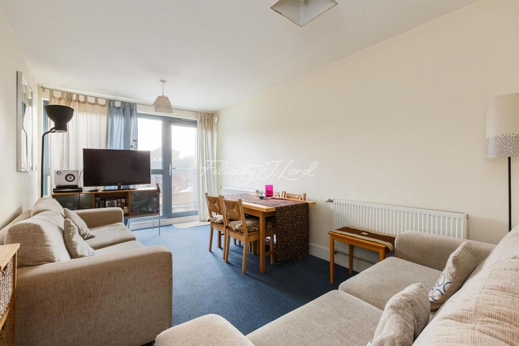2 Bedrooms Flat for sale in Corelli Court, Bermondsey, SE1