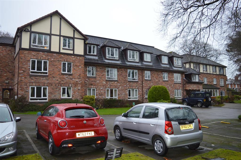 1 Bedroom Retirement Property for sale in Beechwood, Knutsford