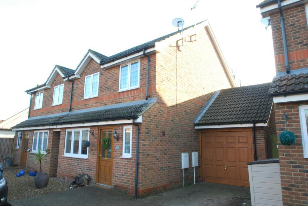 3 Bedrooms Semi Detached House for sale in Harrietsham
