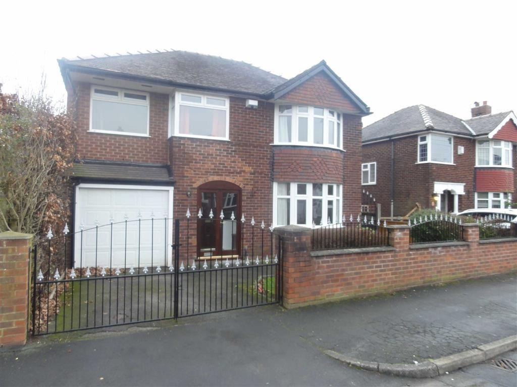 5 Bedrooms Detached House for sale in Central Drive, Heald Green