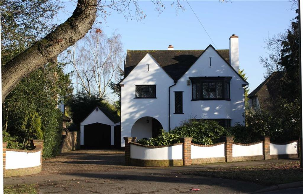 4 Bedrooms Detached House for sale in Chislehurst Road, Petts Wood East