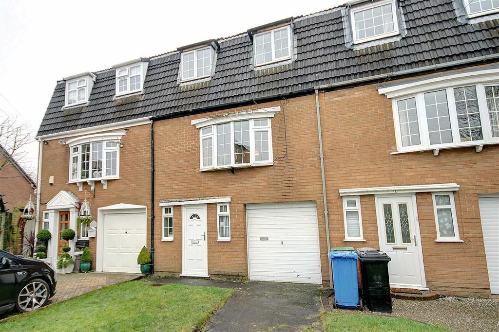 3 Bedrooms Town House for sale in Heyes Leigh, Timperley, Cheshire