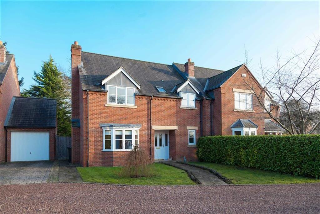 3 Bedrooms Semi Detached House for sale in Lambourne Gardens, KINGS ACRE, Hereford