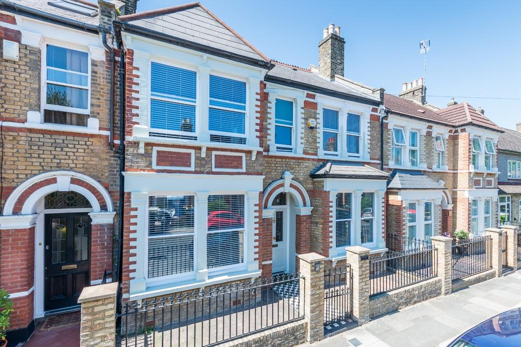 3 Bedrooms Terraced House for sale in St. Aidans Road East Dulwich SE22