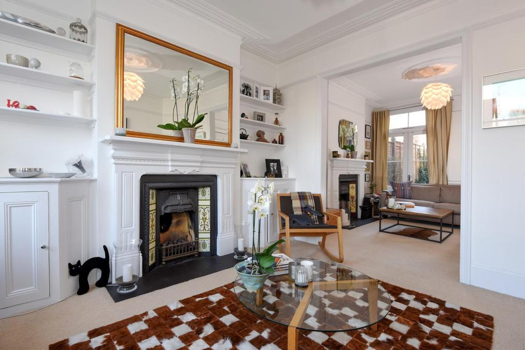 4 Bedrooms Terraced House for sale in Sydney Road, Muswell Hill, N10