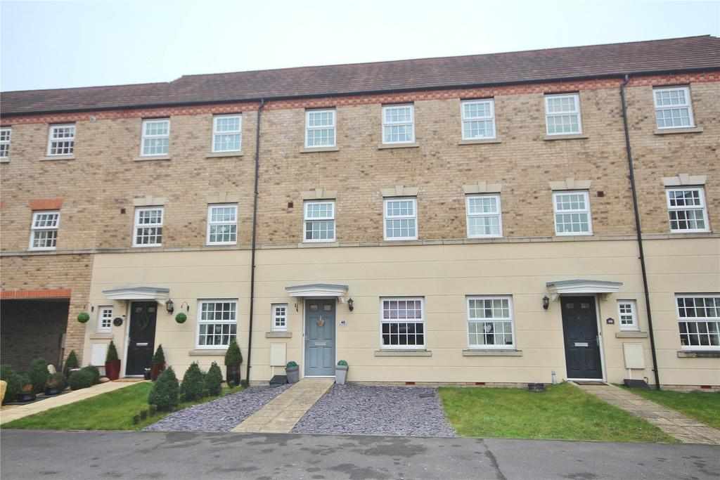 4 Bedrooms Terraced House for sale in Squirrel Chase, Witham St Hughs, LN6