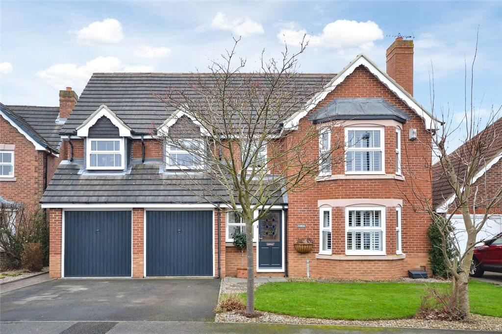 5 Bedrooms Detached House for sale in Woodlands Walk, Stokesley, North Yorkshire
