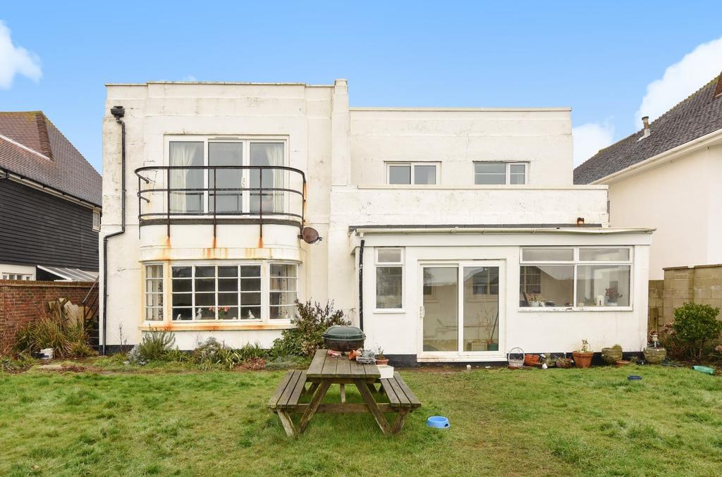 4 Bedrooms Detached House for sale in Southdean Drive, Middleton-on-Sea, Bognor Regis, PO22