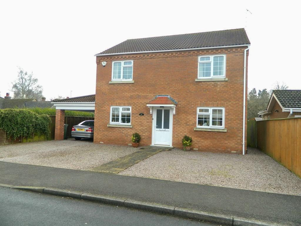 3 Bedrooms Detached House for sale in Peckover Drive, Wisbech