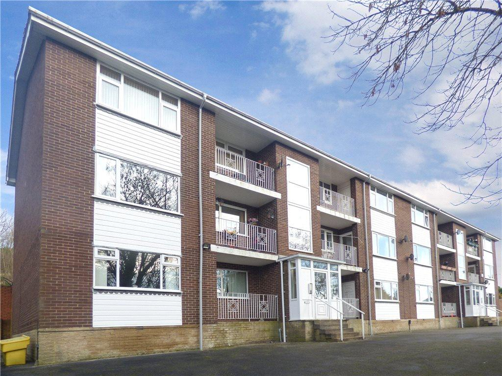 2 Bedrooms Apartment Flat for sale in Hazelhurst Court, Bradford, West Yorkshire