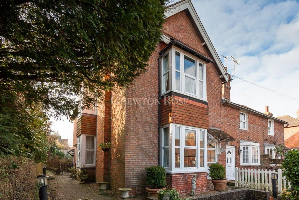 4 Bedrooms Semi Detached House for sale in South Street, Rotherfield, East Sussex TN6