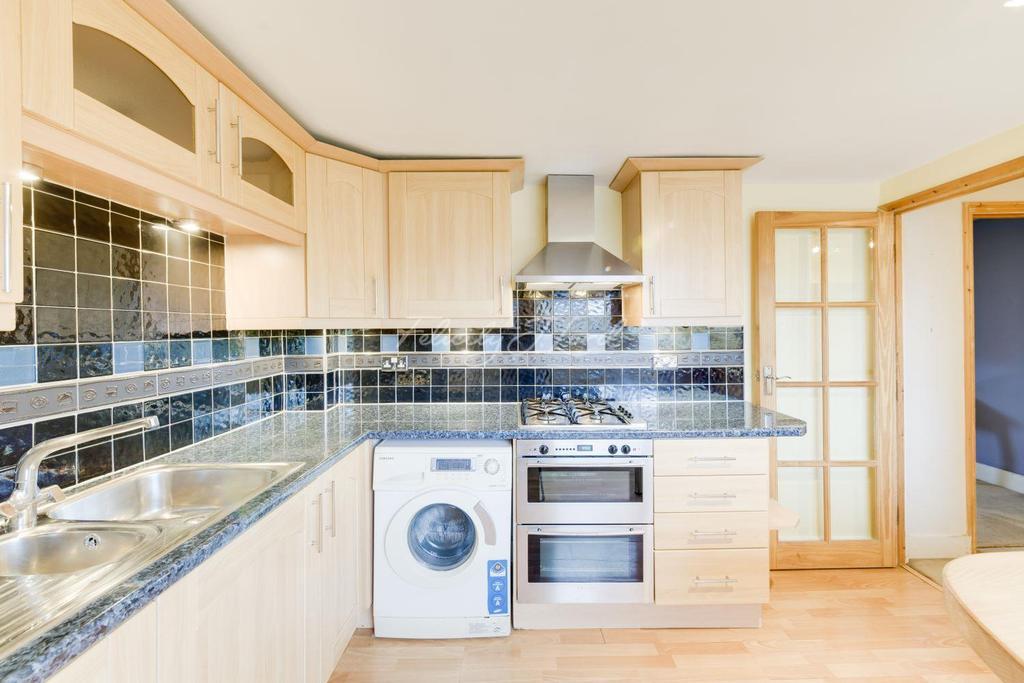 2 Bedrooms Flat for sale in Grosvenor Avenue, Highbury, N5