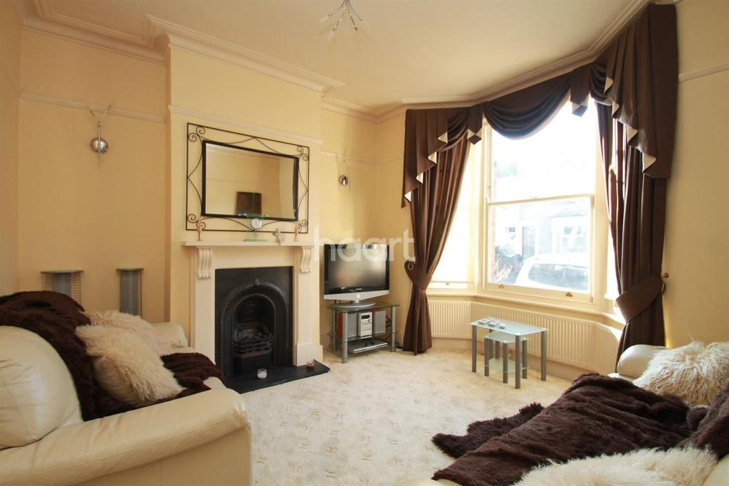 2 Bedrooms Terraced House for sale in Bunyan Road, Walthamstow