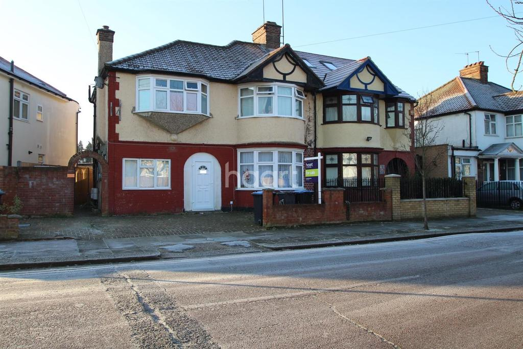 4 Bedrooms Maisonette Flat for sale in Fleetwood Road, NW10