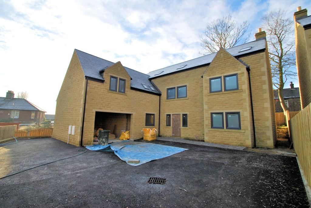 6 Bedrooms Detached House for sale in Roughbirchworth Lane, Oxspring, Sheffield