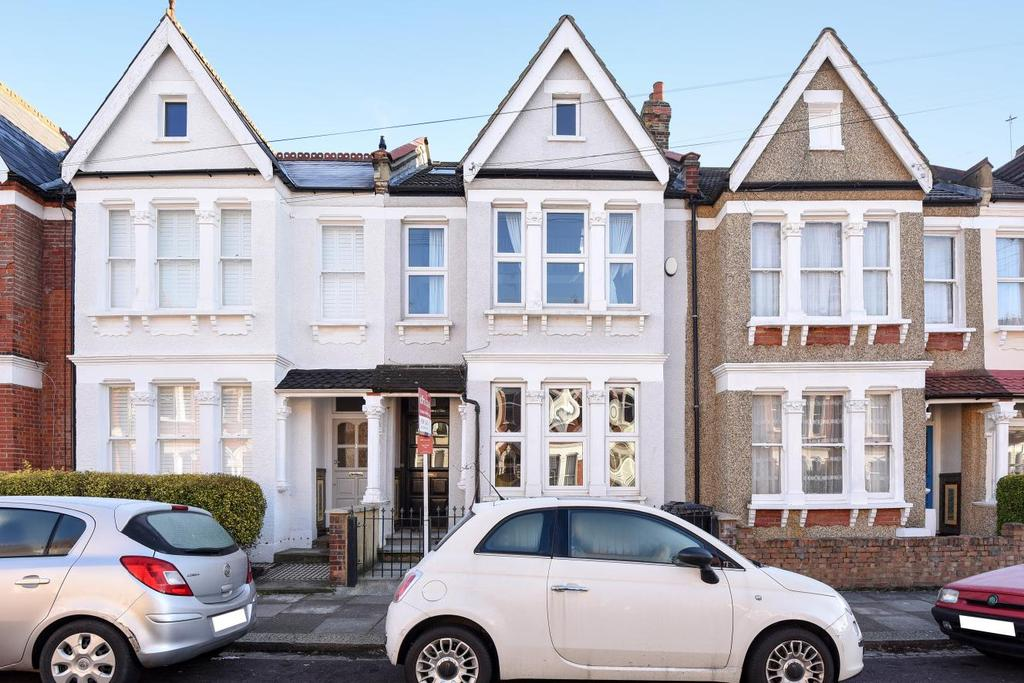 3 Bedrooms Flat for sale in Brancaster Road, Streatham, SW16