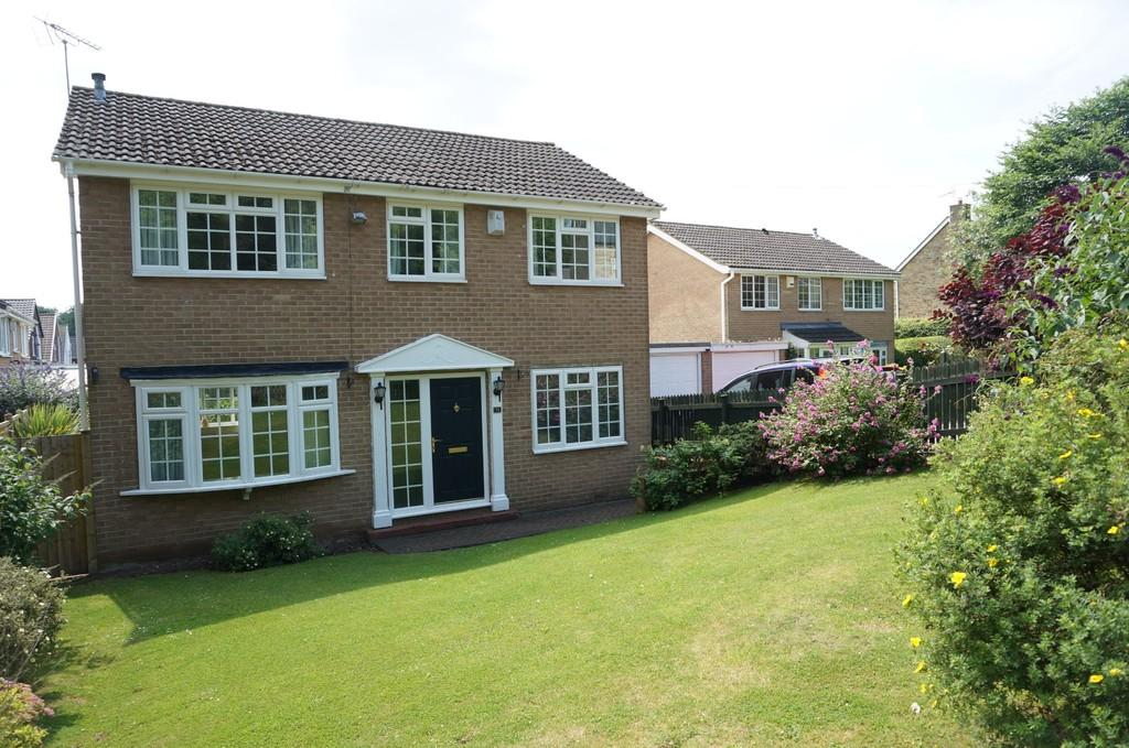4 Bedrooms Detached House for sale in Aire Road, Wetherby, LS22 7UE