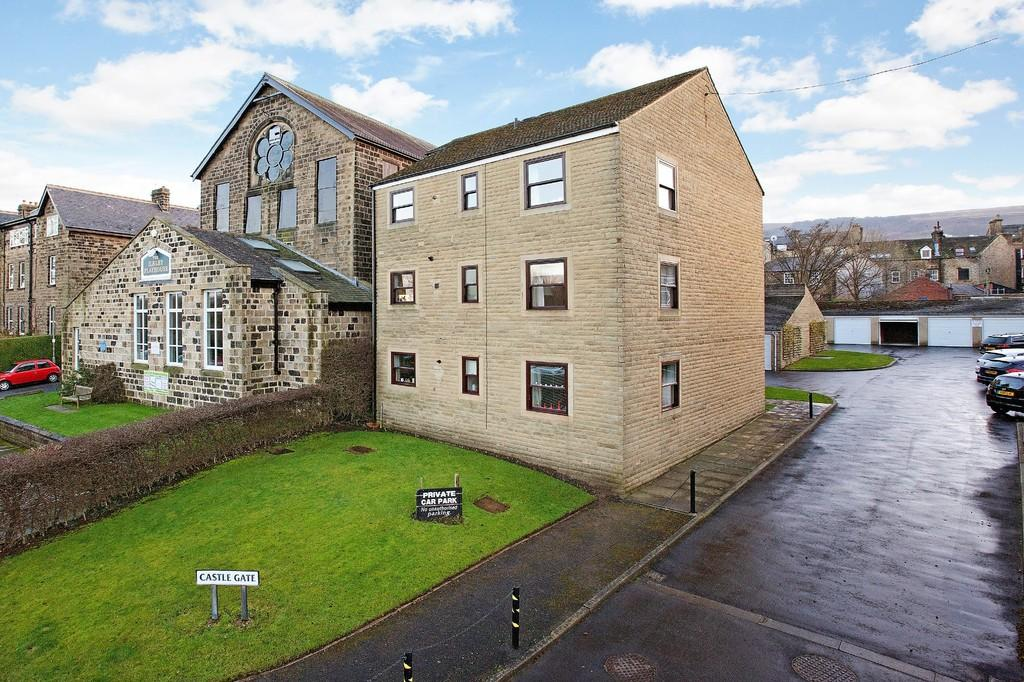 2 Bedrooms Apartment Flat for sale in Castle Gate, Ilkley