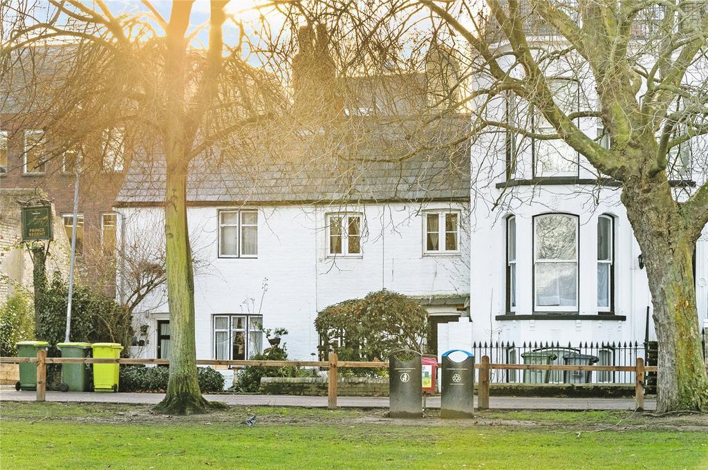 2 Bedrooms Terraced House for sale in Regent Terrace, Cambridge
