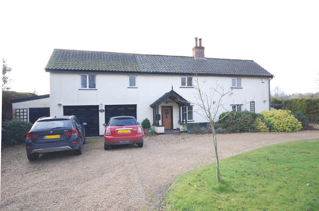 4 Bedrooms Detached House for sale in Old Buckenham, Norfolk