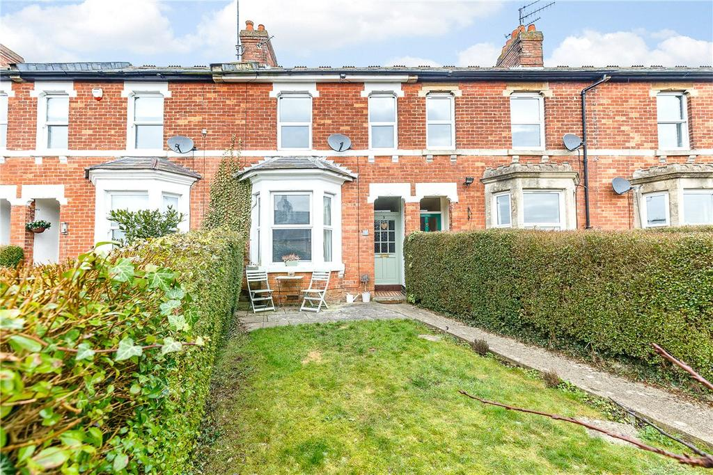 3 Bedrooms Terraced House for sale in Alexandra Terrace, Blowhorn Street, Marlborough, Wiltshire, SN8