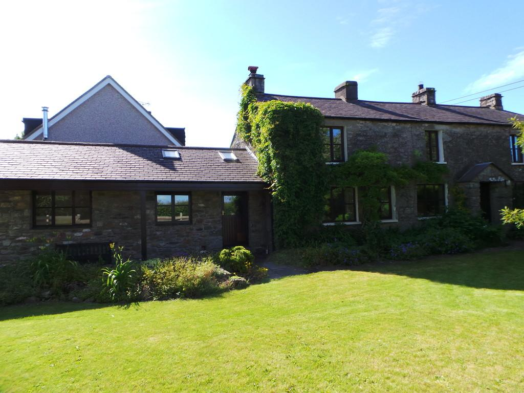 4 Bedrooms Cottage House for sale in Fairview, Stainton With Adgarley, Barrow-in-Furness