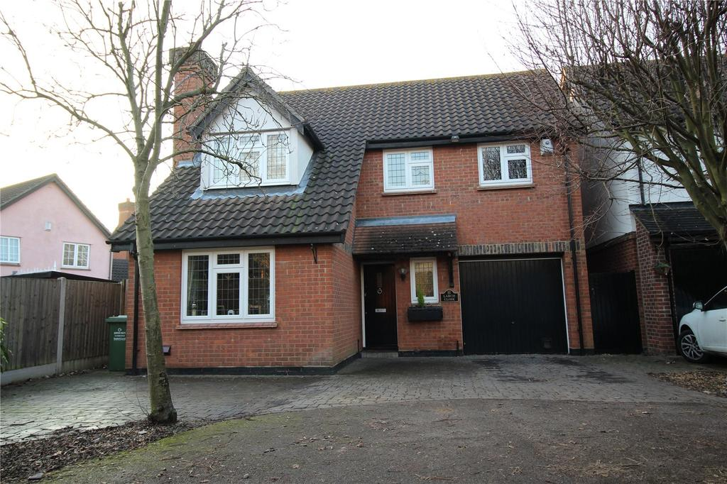 4 Bedrooms Detached House for sale in Larch Close, Steeple View, Essex, SS15