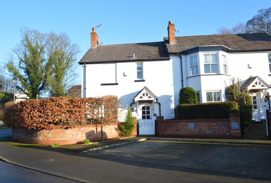 2 Bedrooms Semi Detached House for sale in Lilybrook Drive, Knutsford